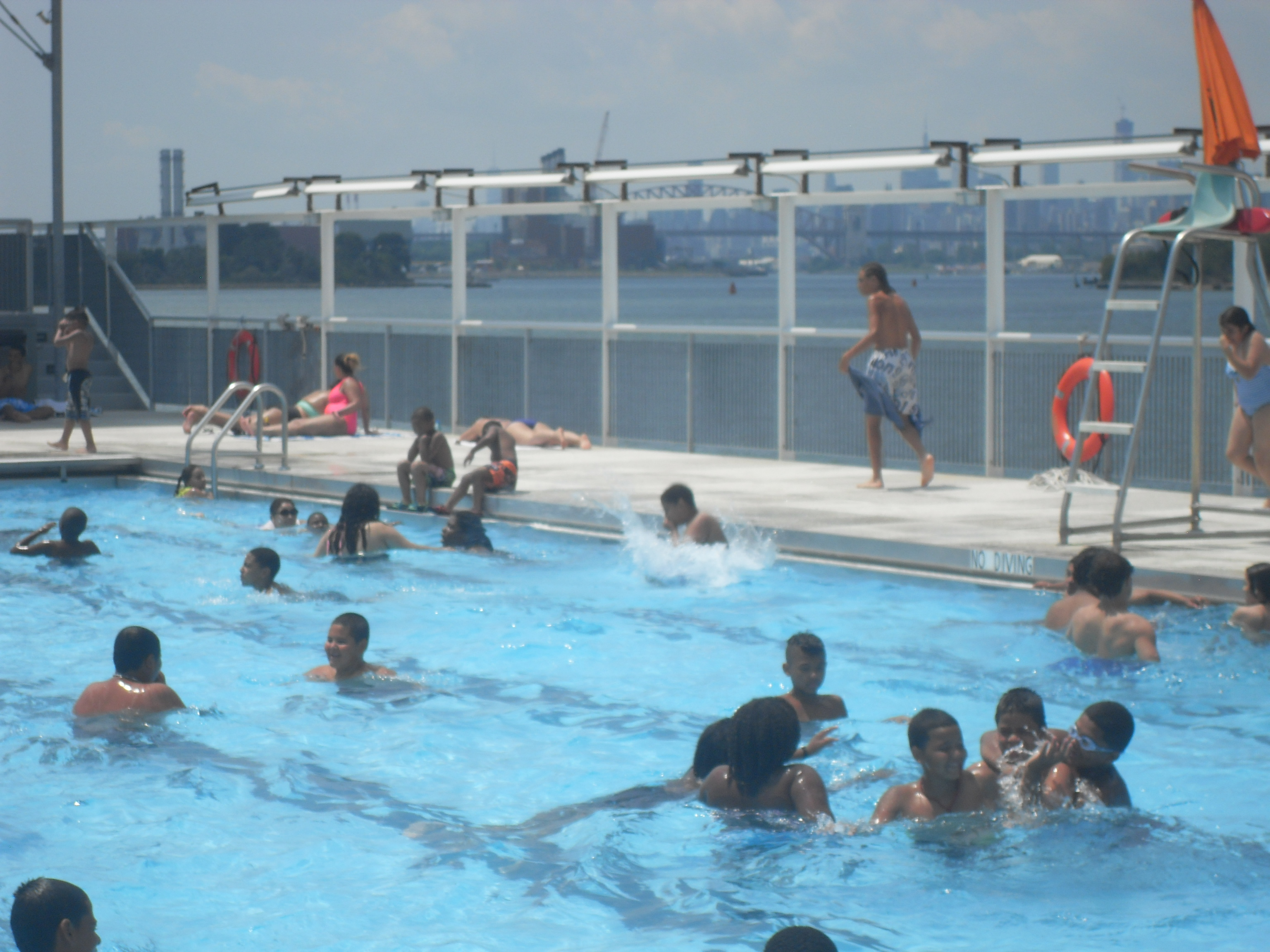 Floating Pool Lady reopens