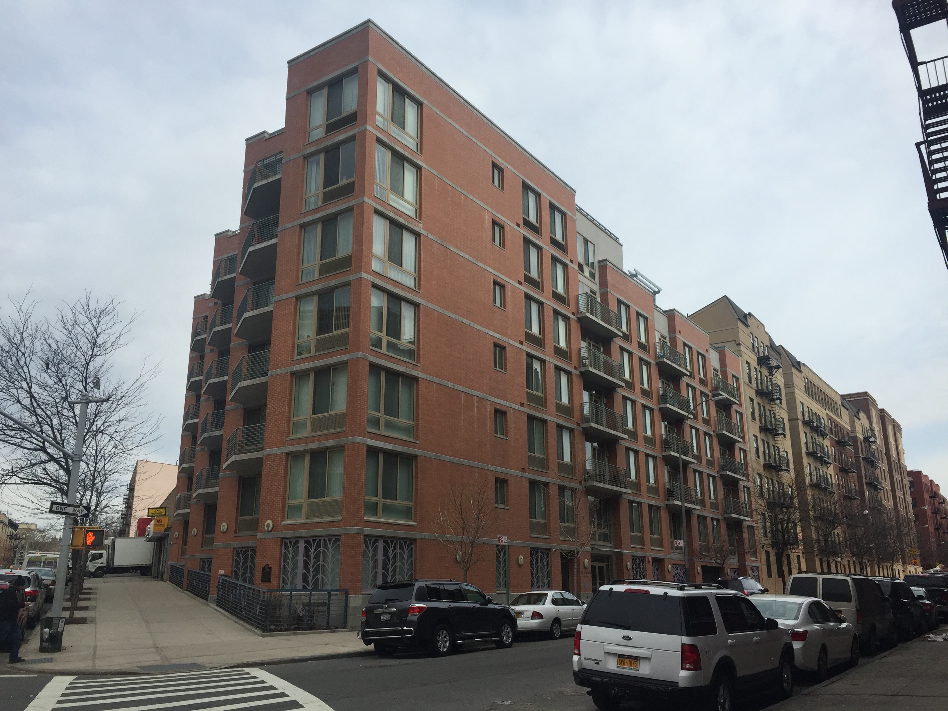 Co-op owners spar with developer over repairs
