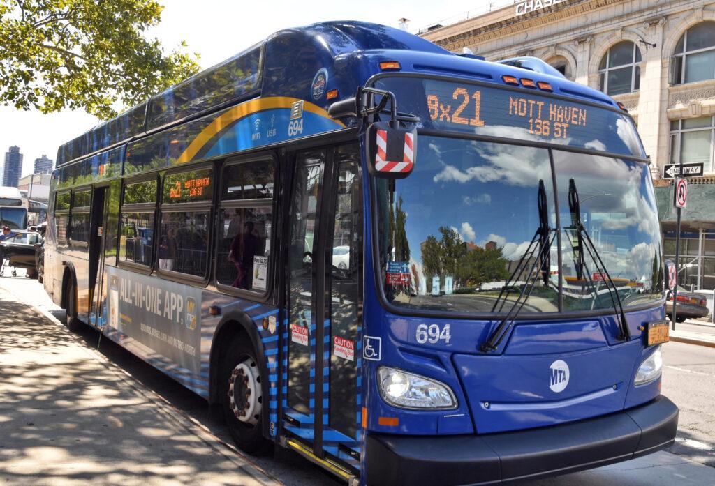 A Bx21 bus